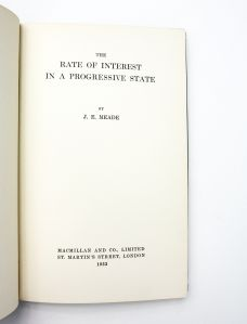 THE RATE OF INTEREST IN A PROGRESSIVE STATE